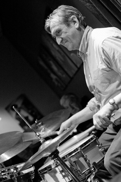 DAVE BARRY - Jazz  DRUMS